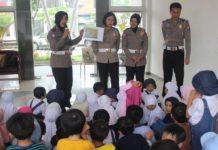 Kegiatan Polisi Sahabat Anak pagi ini bersama PG & TK Nurul Hikmah di Perum. Natura Residence ...
