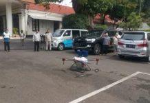 Uji coba penyemprotan cairan desinvektan dengan menggunakan drone. . #sidoarjo #infodarjo #info...